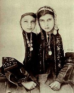 Two girls from Bethlehem in tradional dress, 1911