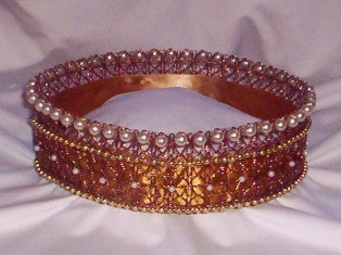 Gold and pearl tiara