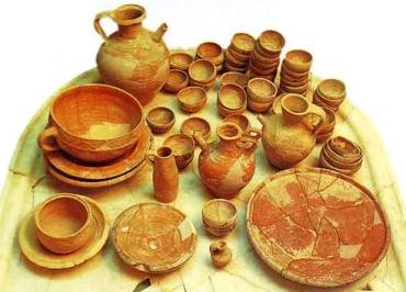 1st century table pots and plates, excavated in Israel