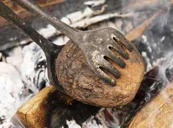Food in the Bible: hot stones were used for cooking in an open fire