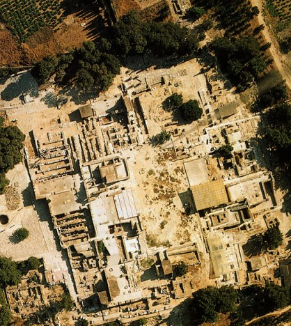 Aerial photograph of the palace of Knossos, showing the layout of royal living quarters