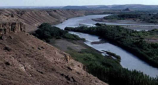 Bible Women: Ruth. The Euphrates, one of the 'rivers of Babylon'.