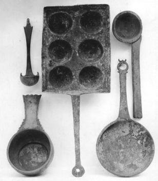 Clean and unclean foods. Ancient cooking utensils