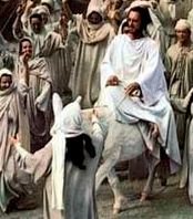 Bible movies, films. Jesus of Nazareth rides a white donkey into Jerusalem in 'The Greatest Story Ever Told'