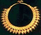 Gold necklace, ancient Middle East