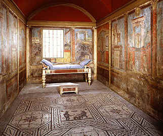 Bedrooms in ancient mansions were designed to receive guests/visitors.