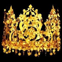 Vashti, golden crown