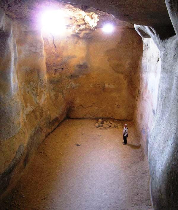 Water storage cistern, Masada.