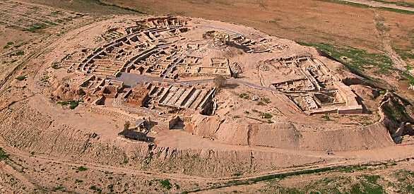 Beersheba ancient city: Aerial view of Beersheba excavations