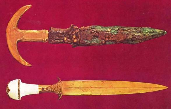 copper sword with gold crescent hilt, royal cemetery at Ur,